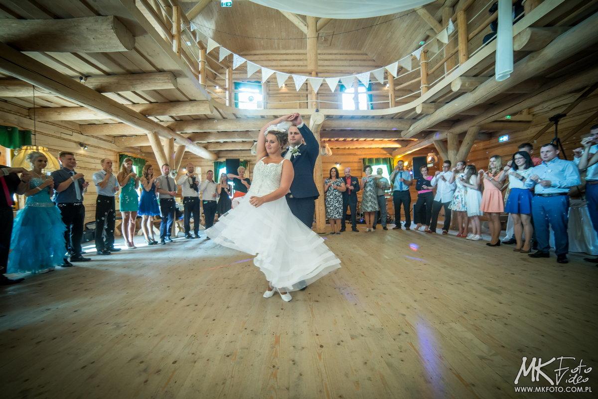 fotograf wesele gościniec nałęże