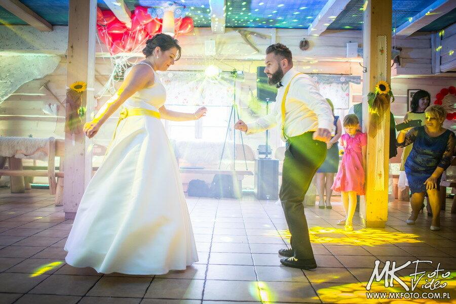 Fotograf i kamerzysta filmowanie wesela Karczma Kubalonka podsumowanie wesela Anety i Radka